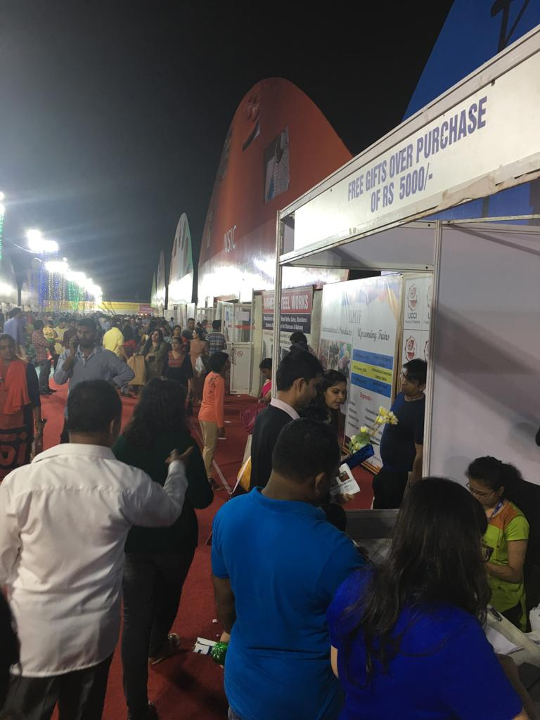 Visitors enjoying shopping at IIMTF Bhubaneswar
